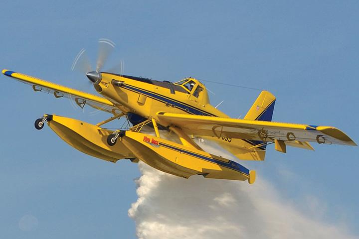 Hidroavion <em>Air TractorAT-802 Fire Boss</em> američkog proizvođača Air Tractor, Inc.; prvi proizveden 1990., MORH