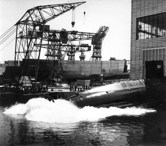 Podmornica <em>P-821 Heroj</em> tipa <em>B-71,</em> porinuće u splitskom Brodogradilištu specijalnih objekata, 1968.