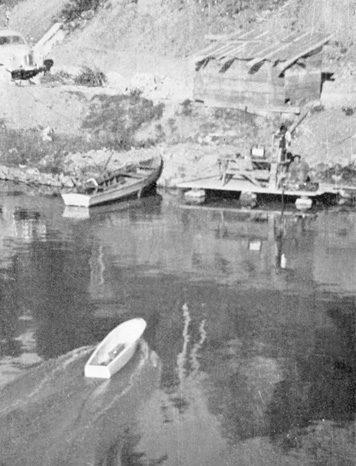 Ispitivanje otpora prvoga modela na jezeru Bajer u Gorskome kotaru, 1953.