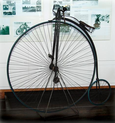 Bicikl <em>Pauk,</em> oko 1875., Tehnički muzej Nikola Tesla, Zagreb