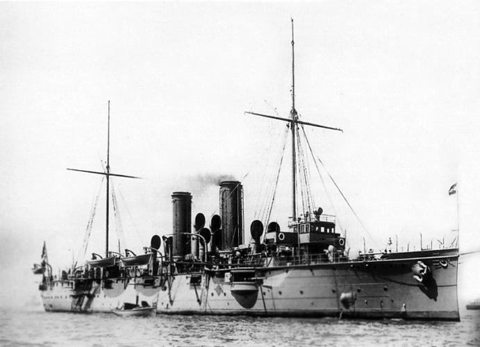 Krstarica <em>Zenta,</em> izgrađena u pulskom Pomorskom arsenalu (K.u.k. Kriegsmarine See Arsenal; danas Uljanik), 1899.