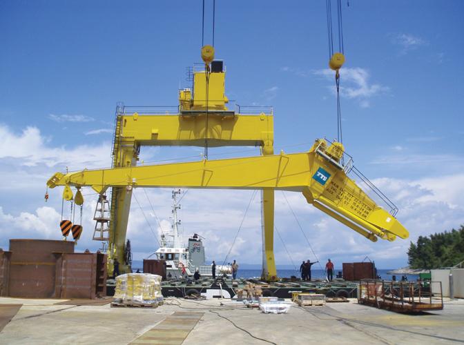 Portalne dizalice za <em>Novogradnju 480,</em> izgrađene u brodogradilištu Radež u Blatu na Korčuli, 2009.