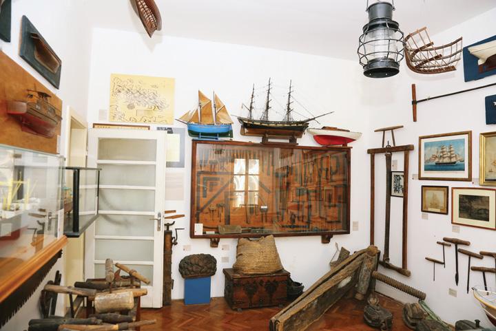 Zbirka tradicionalne brodogradnje Gradskoga muzeja Korčula