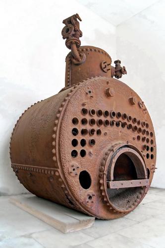 Vatrocijevni kotao s parnoga tegljača <em>Vridni,</em> izgrađenog u riječkom brodogradilištu Howaldt i dr. (danas 3.maj), 1894., Muzej Brodosplit