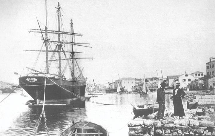 Martinolićevo brodogradilište u Malome Lošinju, 1901.