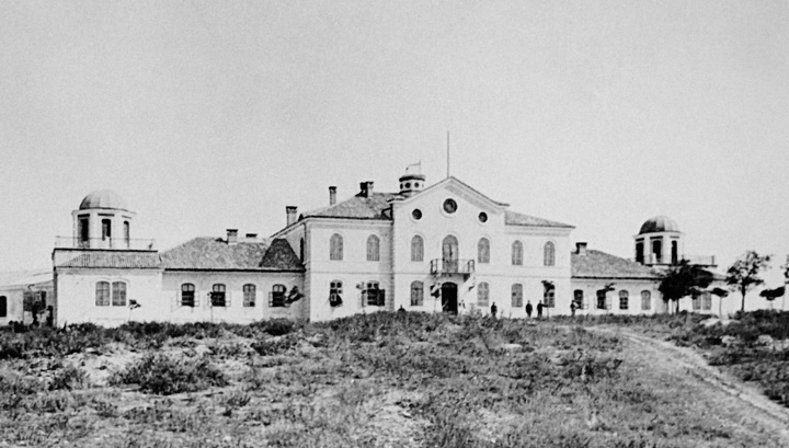 Zgrada pulskoga Hidrografskog instituta na brdu Monte Zaro, 1872.