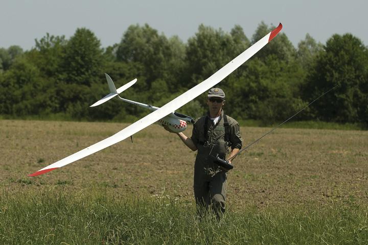 Letjelica <em>Feniks 3</em> konstruktora M. Hucaljuka, oko 2010.