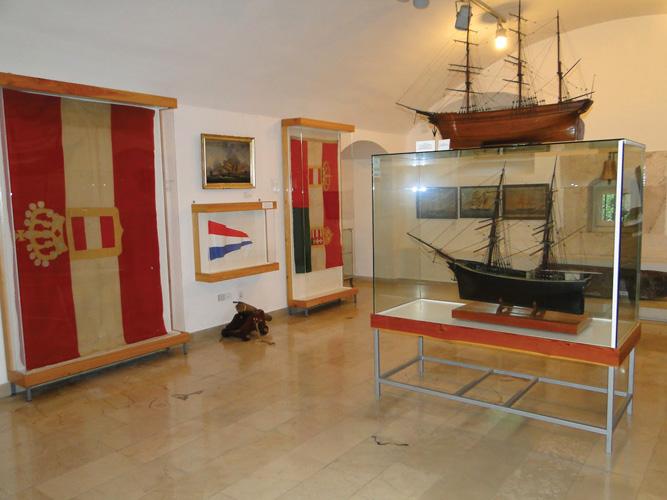Postav Hrvatskog pomorskog muzeja Split