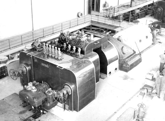 Turbina od 32000kW izrađena u poduzeću Jugoturbina i montirana u Toplani Zagreb