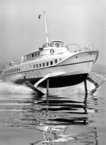 Hidrokrilac, <em>Vihor,</em> izgrađen u Italiji, plovio za Jadroliniju 1961–67.
