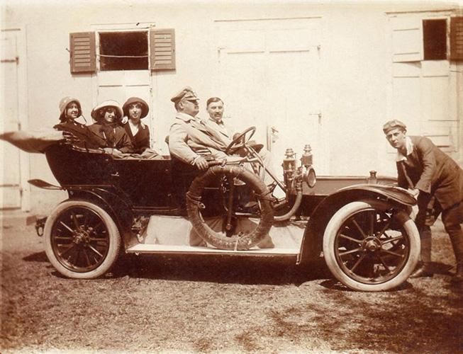 Obitelj Thierry, Pregrada, 1913., Muzej grada Pregrade Zlatko Dragutin Tudjina