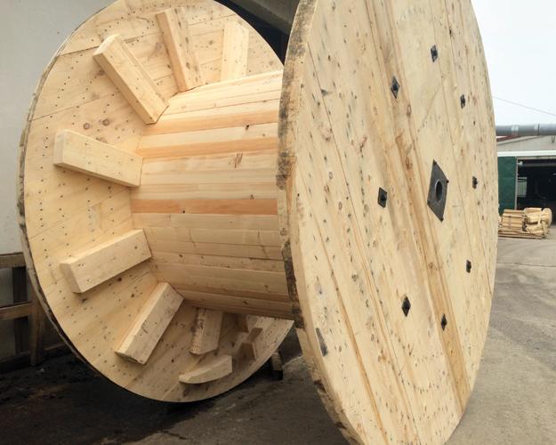 Drveni kalem za namatanje elektrokabela poduzeća Drvometalija, 2020.